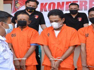 Keterangan gambar : Polisi amankan tiga pelaku Rudapaksa di Langsa (foto/Susi).